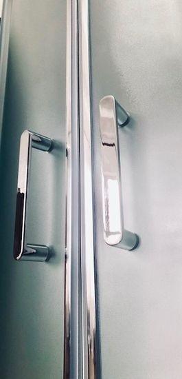Душевая кабина Royal Bath RB90BK6-WC-CH 90 x 90 см, двери матовые, задние стенки белые